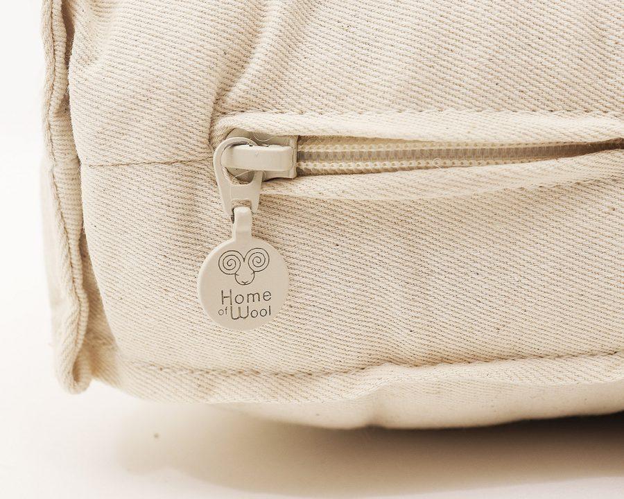 Home of Wool all-natural crib mattress with gots certified materias - zipper detail